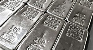 Silver price tumbles as fresh risks to global growth emerge
