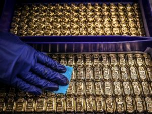 3 Key Reasons Why Gold's Price Has Suddenly Plunged