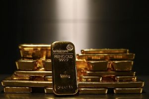 Gold Sits Above $1,900 Amid Brawl Over Stimulus