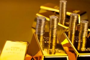 Gold Prices Edge Higher as Treasuries Rise on Weak Jobless Claims Data