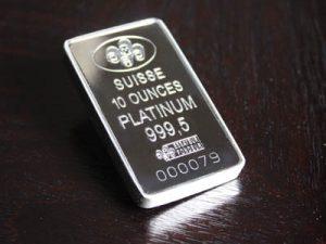 Platinum gathers new negative momentum