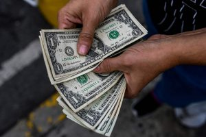 Inevitable dollar collapse will lead to return to gold standard – Peter Schiff